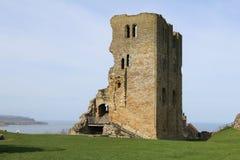 Башня на замке Scarborough стоковое изображение