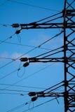 башня неба предпосылки голубая электрическая Стоковое Изображение