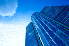 башня небоскреба голубого дела стеклянная Стоковое Изображение RF