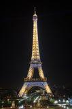 башня ночи eiffel стоковые изображения rf