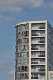 Башня одиночного высокого подъема селитебная Стоковые Изображения RF