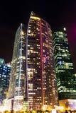 Башня офиса на ноче Стоковое Изображение RF