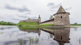 Башня Пскова Кремля и Ploskaya акции видеоматериалы