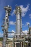 Башня рафинадного завода с голубым небом Стоковые Фото