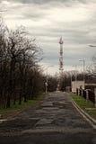 Башня связей против неба Стоковая Фотография