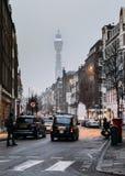 Башня связей BT - один из ориентир ориентиров ` s Лондона большинств известных захватило от центральной улицы Лондона Стоковое Фото