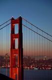 башня строба моста золотистая северная Стоковая Фотография