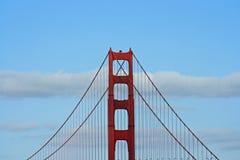башня строба моста золотистая стоковые изображения