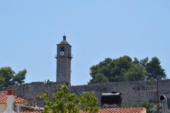 Башня с часами в городище в городе Nauplio Архитектура, перемещение, ландшафты, круизы стоковое фото