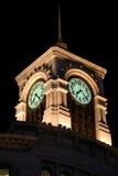 Башня с часами Ginza в токио на ноче Стоковые Изображения