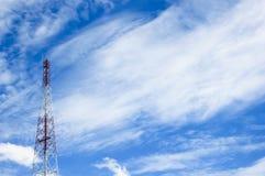 Башня телекоммуникаций Стоковое Фото