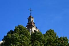 Башня церков в Вильнюсе, в Европе стоковое изображение