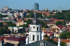 Башня церков в Вильнюсе, в Европе стоковые фото