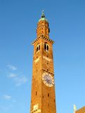 Башня часов в Виченца, Италии Стоковые Изображения