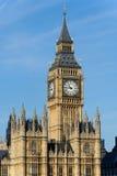 Башня часов в Лондон Стоковая Фотография