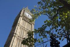 Башня Элизабета и большое Бен Стоковая Фотография