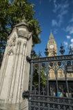 Башня Элизабета и большое Бен Стоковое Изображение RF