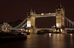 башня 4 мостов Стоковая Фотография