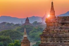 Башня Bagan Будды на дне Стоковое Изображение RF