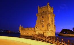 Башня Belem, Лиссабон на ноче стоковая фотография rf