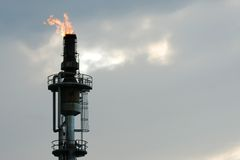 башня burnoff Стоковые Фотографии RF