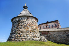 Башня Korozhnaya монастыря Solovetsky стоковые изображения