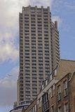 башня london Шекспир имущества барбакана стоковые фото