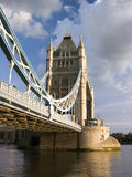 башня london дня моста пасмурная Стоковое Фото