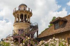 Башня Marlborough в парке дворца Версаль Стоковые Фотографии RF