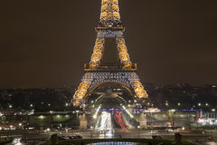 башня paris ночи eiffel Франции Стоковые Фото