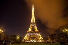 башня paris ночи eiffel Франции Стоковое Фото