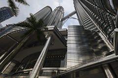 Башня Petronas в Куалае-Лумпур Стоковые Изображения RF