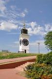 Башня Petrovaradin старая с часами в Сербии стоковые изображения