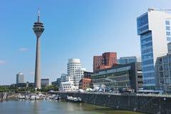 башня rheinturm dusseldorf Стоковое Изображение