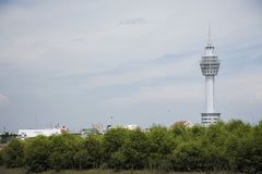 Башня Samut Prakan сидит на месте реки Chao Рекы Phraya в Samut Prakan, Таиланде стоковое изображение