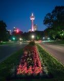 Башня Skylon в Ниагарском Водопаде, Онтарио, Канаде Стоковые Фотографии RF