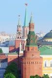 Башня Spasskaya, башня Nikolskaya, угловая башня арсенала Стоковые Фотографии RF