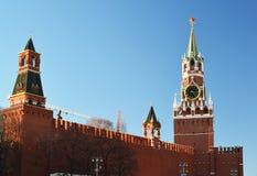 Башня Spasskaya и Nabatnaya Москвы Кремля, России Стоковое Изображение