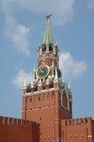 Башня Spasskaya Москвы Кремля на красной площади, Москве, России Стоковые Фотографии RF