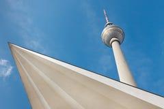 башня tv Германии fernsehturm berlin берлинец Стоковое фото RF