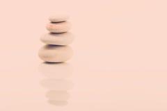 балансируя Дзэн камней Стоковая Фотография RF