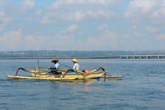 Балийские рыболовы в Kuta, Бали Стоковое Изображение