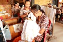 Бали: Батик делая в Бали Стоковое Изображение