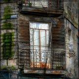 Балкон перед покинутым домом Стоковое фото RF