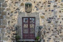 Балкон средних возрастов в городе Caceres Стоковое Изображение RF