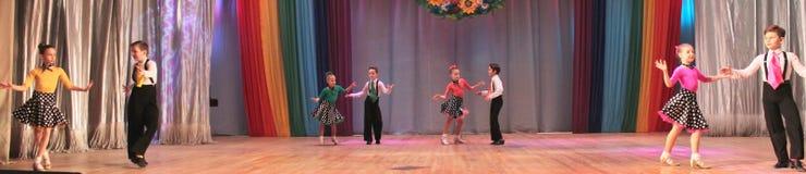 Бальные танцы конкуренции стоковая фотография rf