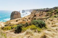 Бдительность на 12 Apostels на большой дороге океана, Виктория, Австралия Стоковые Фото
