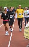 бегунки гонки отслеживают вверх по греть Стоковое Фото