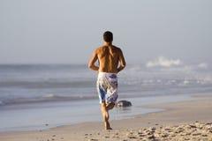 бег пляжа Стоковая Фотография