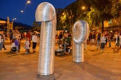 Бедлам Oz комедийных актеров на фестивале Buskers в Лугано, Швейцарии стоковое изображение